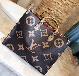 LV onthego tote bag